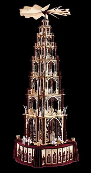 gotische Weihnachtspyramide