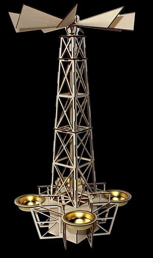 Tischpyramide Oelbohrturm