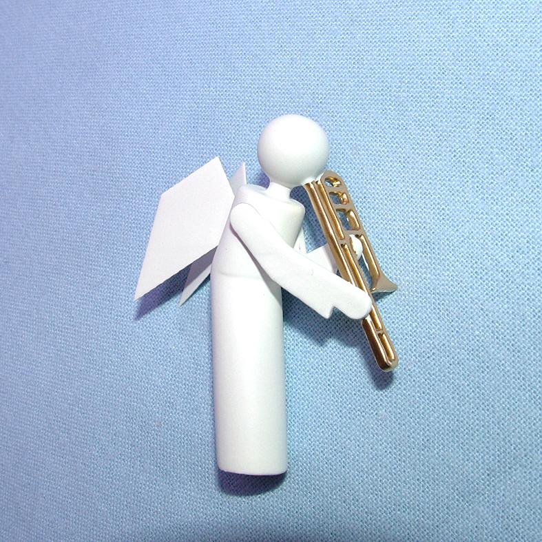 Engel mit Geige als Ersatztteil