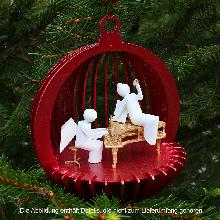 Dieser Holzbausatz <strong>Weihnachtskugel</strong> aus der Manufaktur DAMASU ist ein Schmuckstück für den <strong>Weihnachtsbaum</strong>
